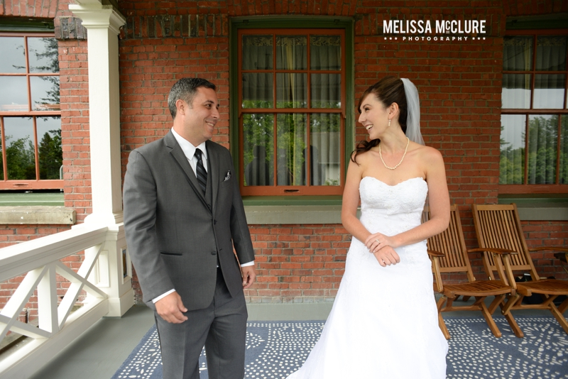 mcmenamins-edgefield-portland-destination-wedding-07