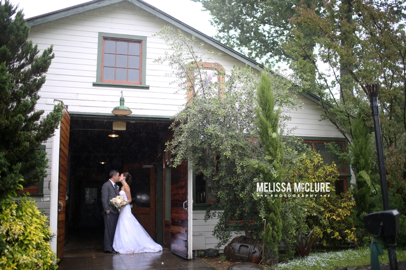 mcmenamins-edgefield-portland-destination-wedding-25