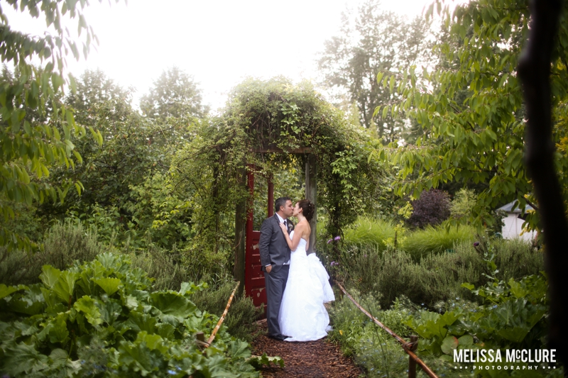 mcmenamins-edgefield-portland-destination-wedding-29